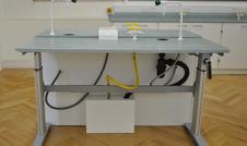 height adjustable lab table