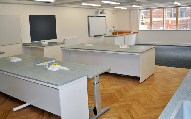 height adjustable tables in the classroom for DDA compliance