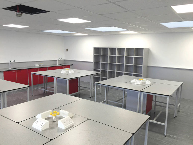 science classroom pod system with moveable tables